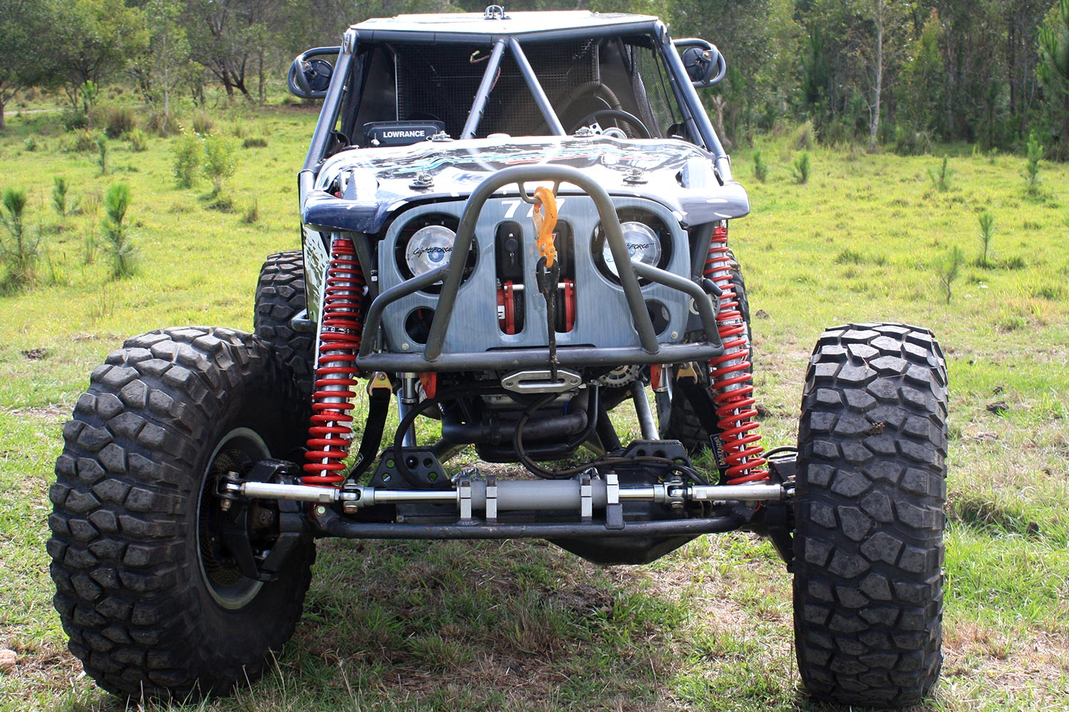 Front on view of buggy with Profender coilovers