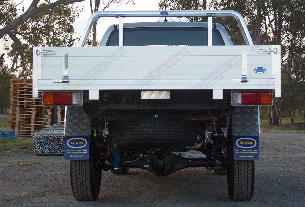 Rear end view of Toyota Hilux with 2 Inch Profender Monotube Remote Res lift kit