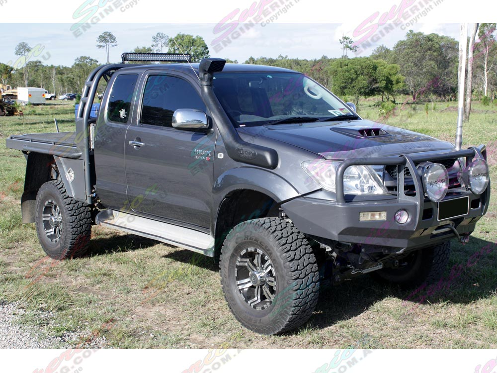 5 inch Superior Profender lift kit fitted to current model Toyota Hilux