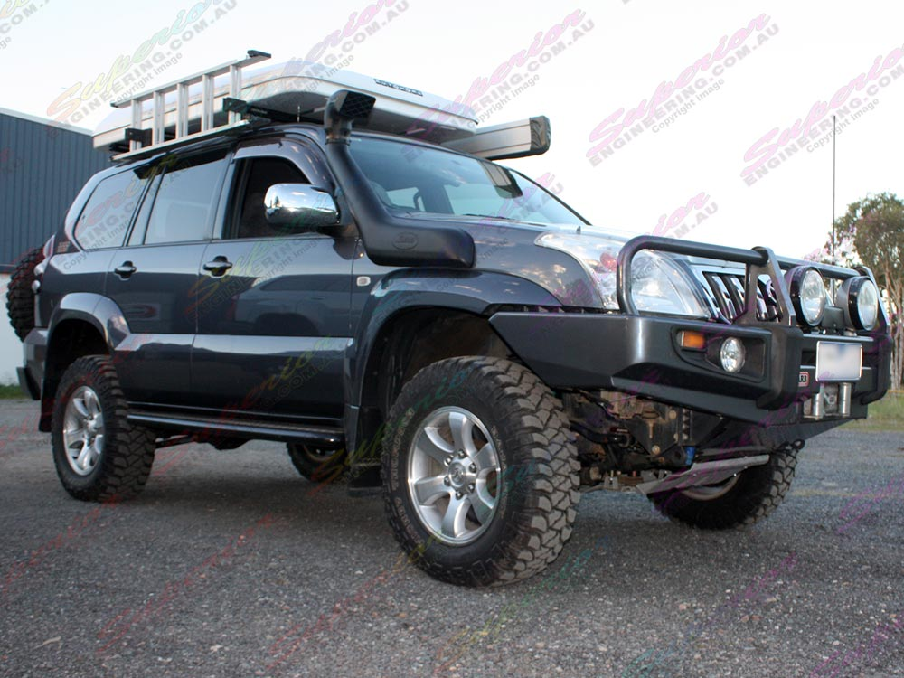 Front right view of a Prado 120 fitted with a 3 Inch Profender 4x4 Lift Kit