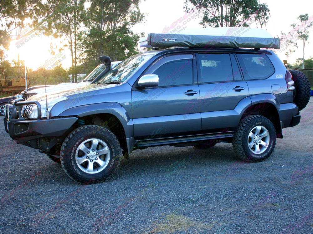 Toyota Prado 120 side view showing the new ride height after the suspension lift