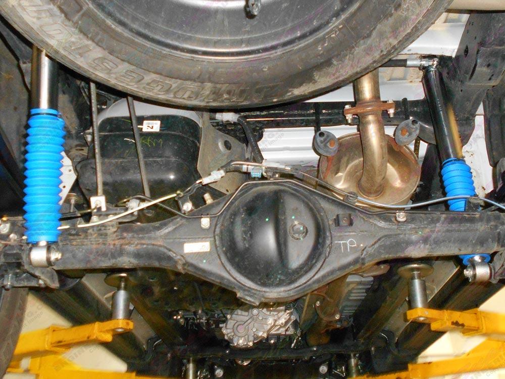 Rear Profender Adjustable Monotube Remote Reservior Shocks