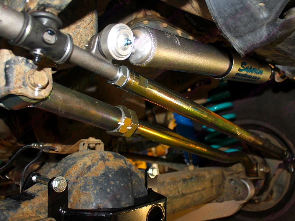 Closeup View of the Superior Draglink, Panhard Rod and Steering Damper