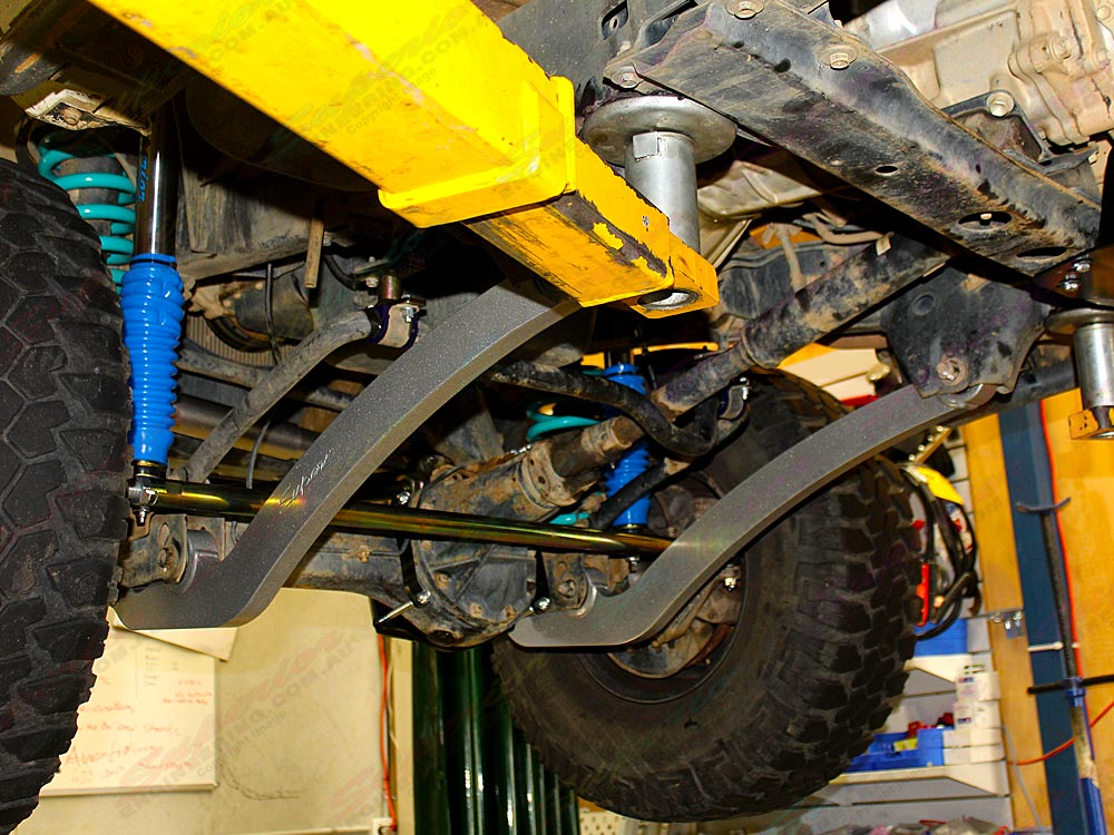 Superior Drop Radius Arms to suit a 3 inch lift